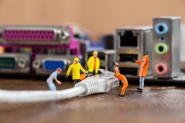 Lokālie tīkli un WiFi